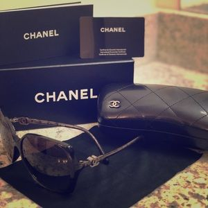 CHANEL brand new sunglasses